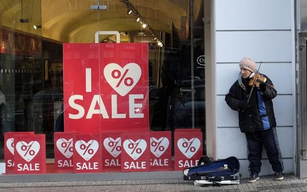 сезонные распродажи В Праге