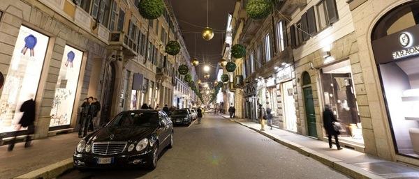 hotel-via-montenapoleone-milano-hotel-via-della-spiga-hotel-via-manzoni-hotel-corso-venezia-mainimg_shopping01