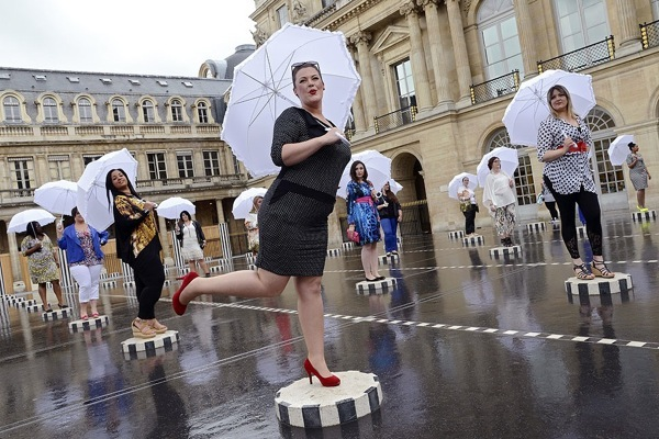 Pictures in the News: Paris, France