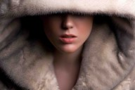 woman_in_fur
