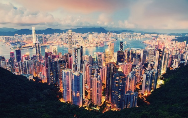 International-metropolis-a-beautiful-night-view-of-Hong-Kong_1920x1200