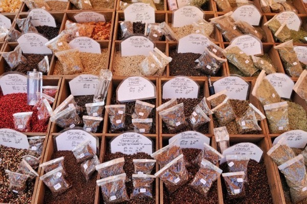 Europe, France, Provence, Alpes Maritimes, Cote d'Azur, Nice, Various types of peppers and spices on market stall