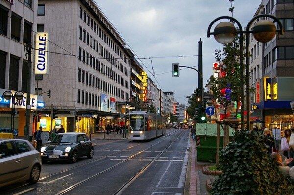 Schadowstraße_in_Düsseldorf_2